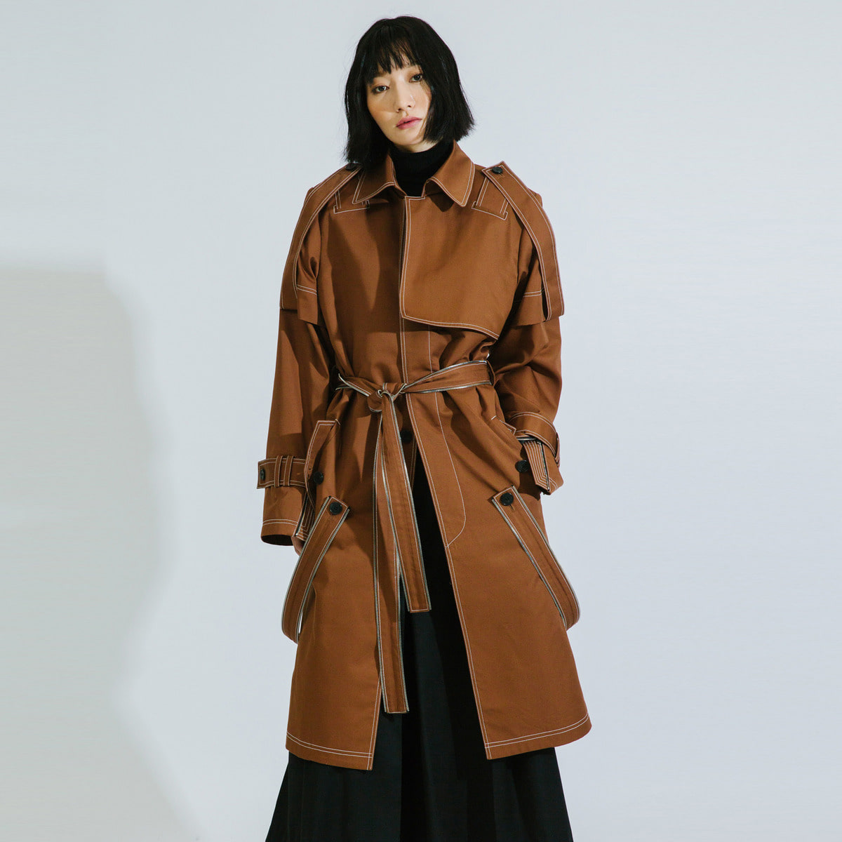 ZIP DITAILED MAC TRENCH COAT