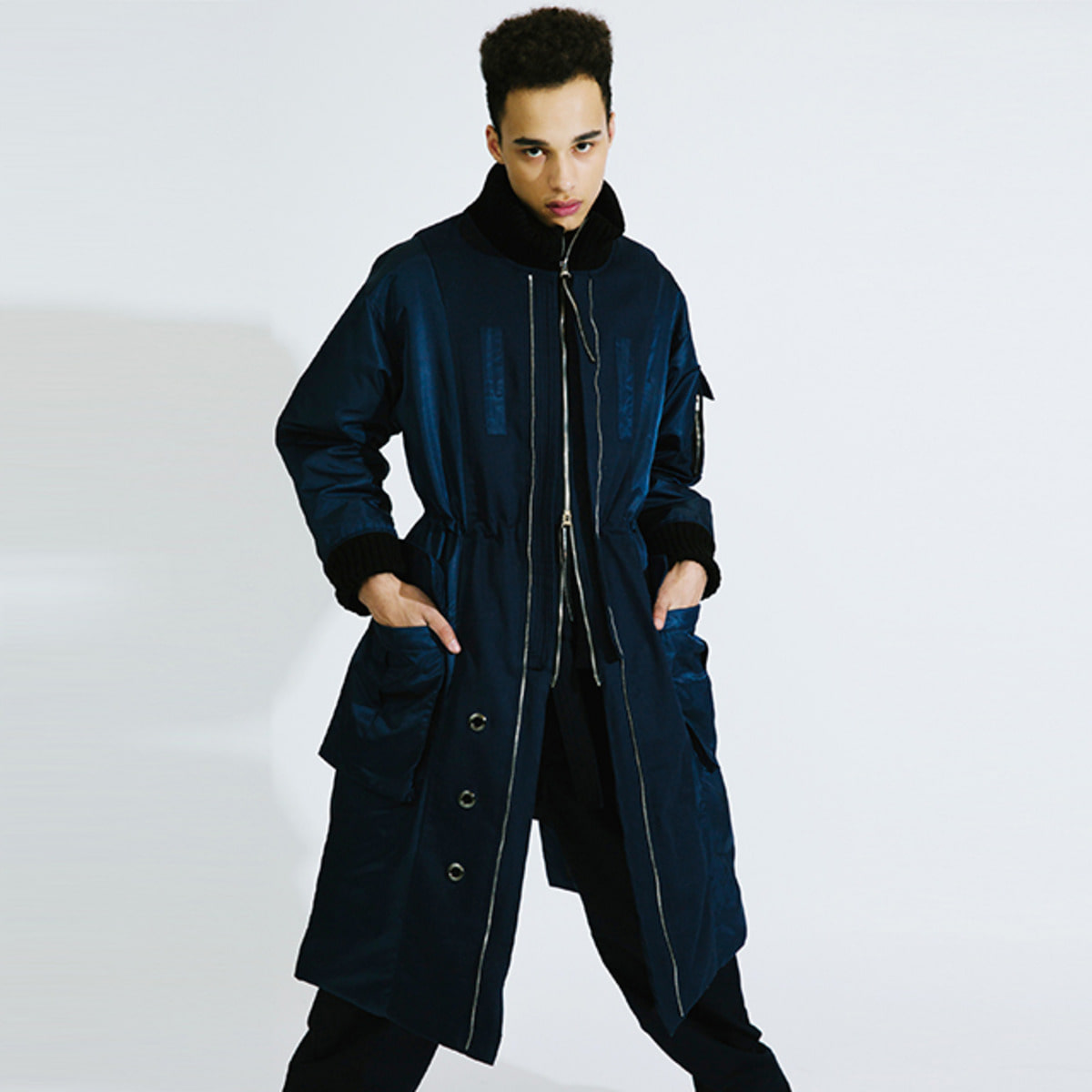 NAVY GOOSE DOWN COAT