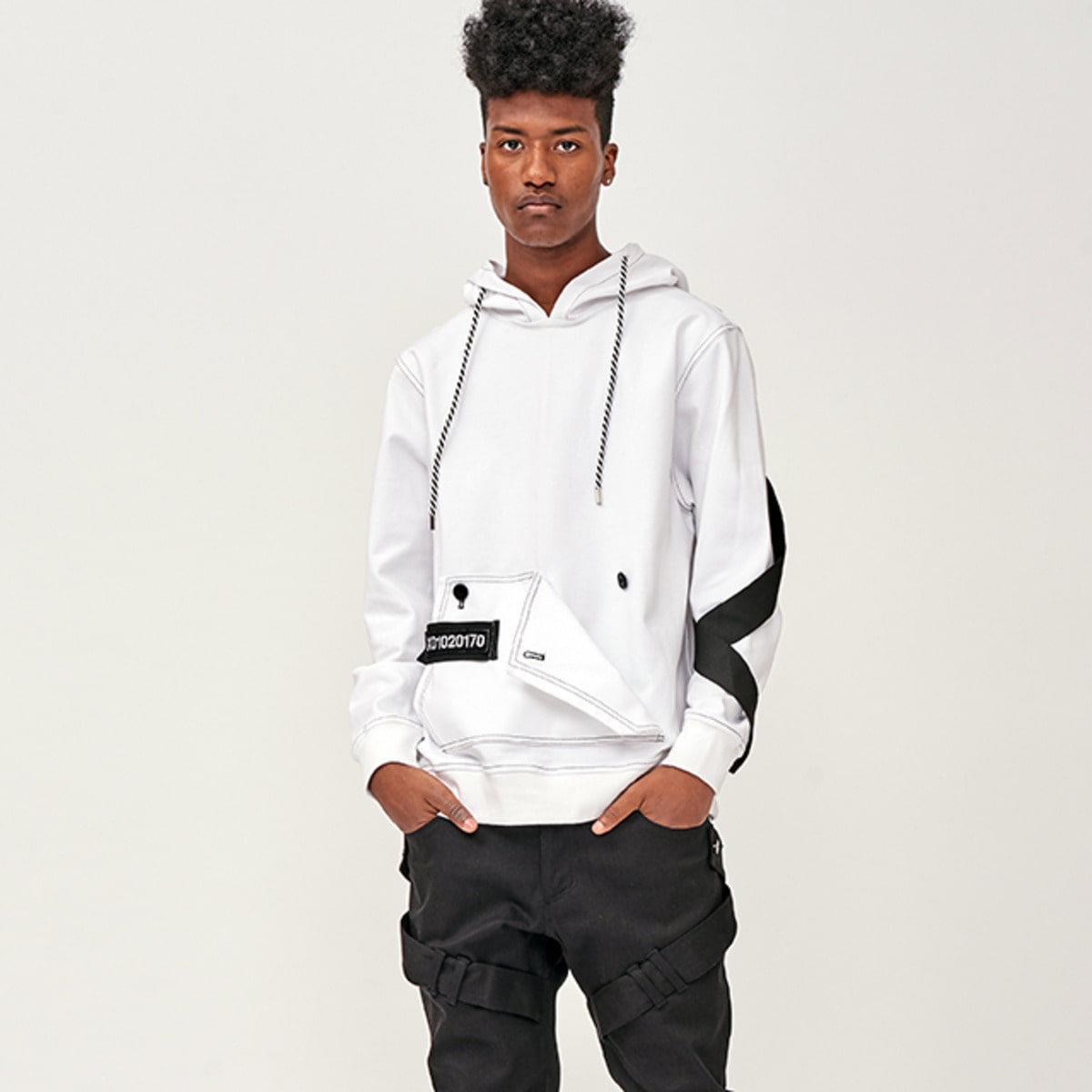 TWISTED ARM BAND HOODY