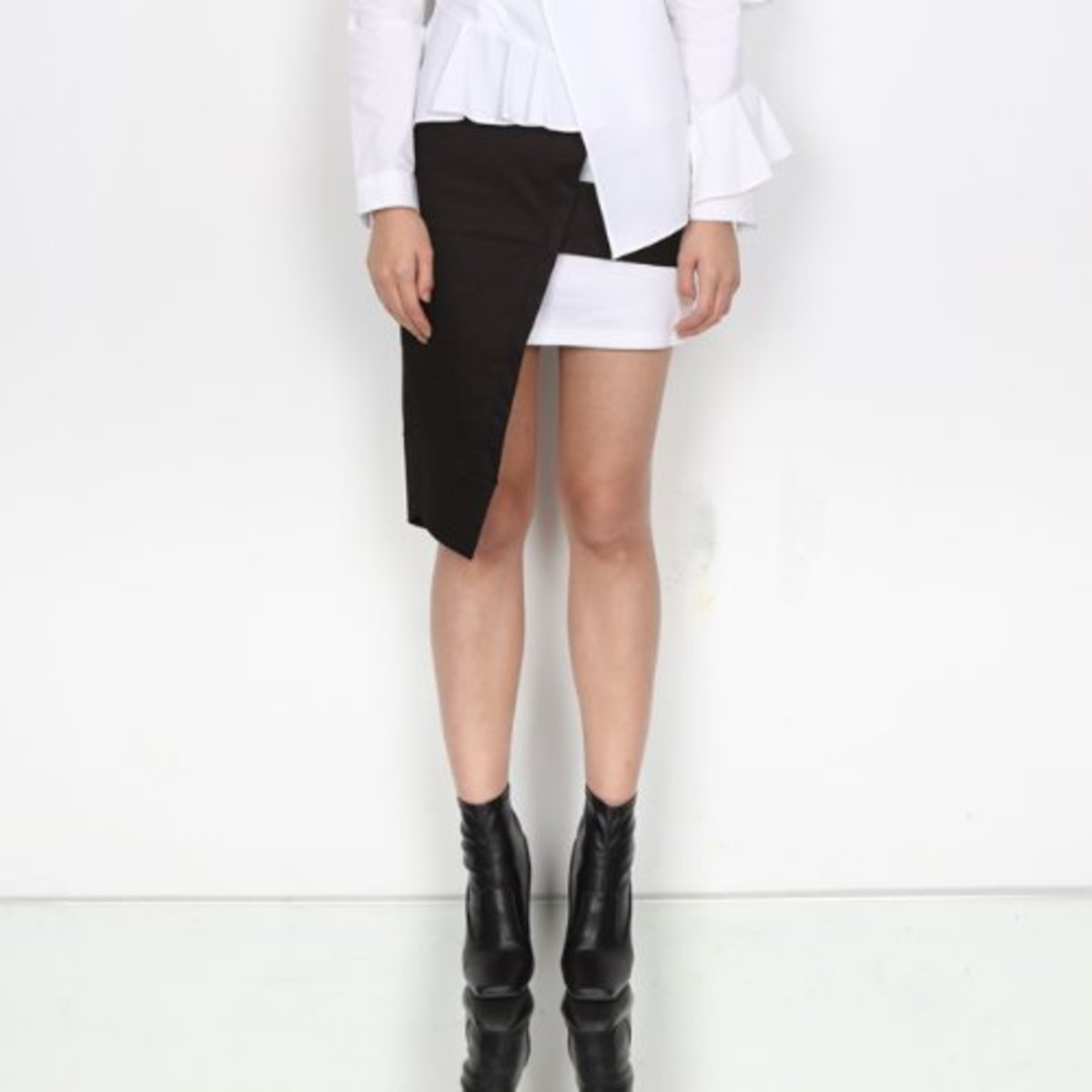 BW ASYMMETRY SKIRT