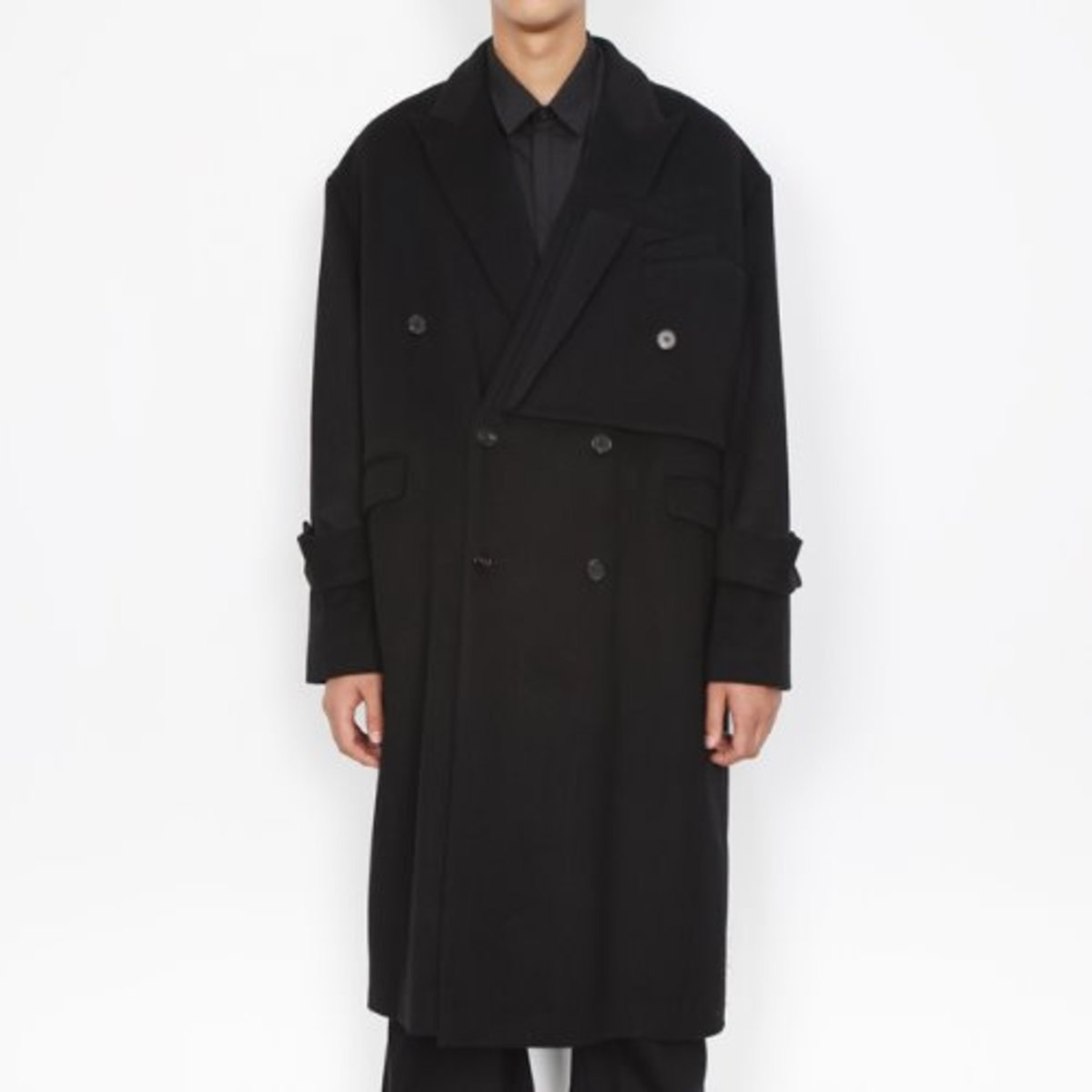 BLACK LAYER WOOL CASHMERE COAT