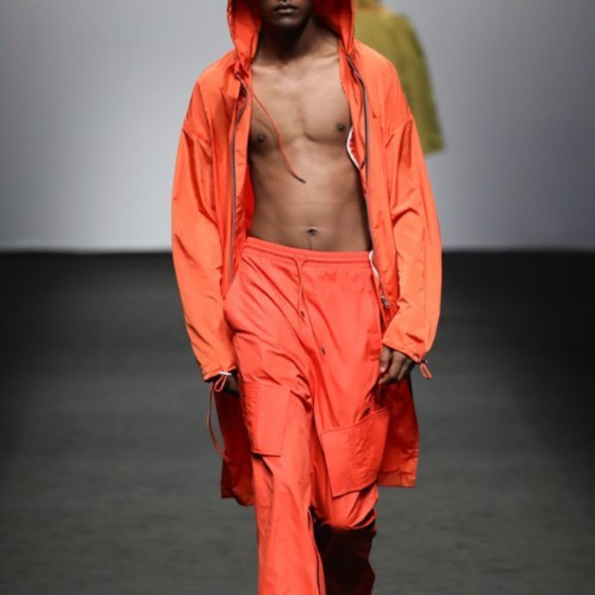 ORANGE OVERSIZED HOODIE COAT